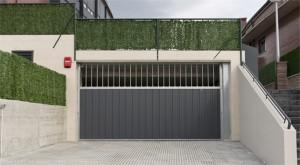 Puertas garaje comunitario